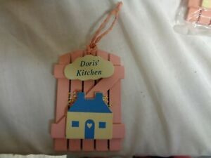 Doris-039-Kitchen-Pink-Wood-amp-Blue-House-Refrigerator-Magnets