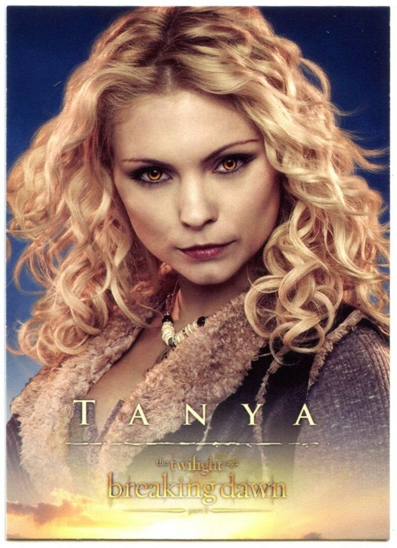 Tanya #15 Twilight Breaking Dawn Part 2 2012 Trade Card MyAnna Buring C1650