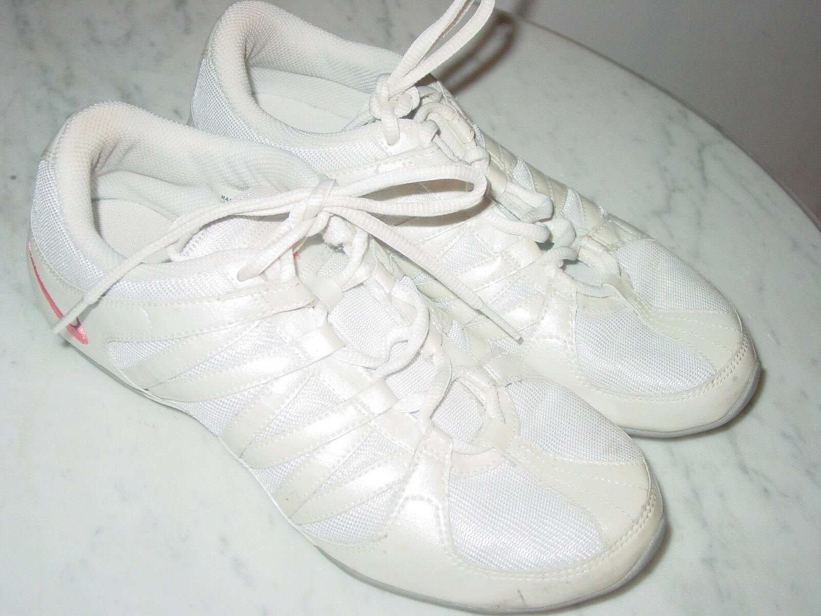 2008  s nike musique iv Blanc fitness  / Rose  cheer danse fitness Blanc chaussures!taille 9 90eb6c