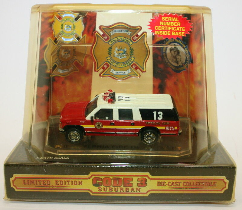 Code 3 Classics 1 64 Scale Model 12419 Philadelphia Fire Dept Suburban Vehicle