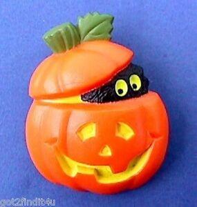 Hallmark-PIN-Halloween-Vintage-CAT-BLACK-JOL-PUMPKIN-Holiday-Brooch