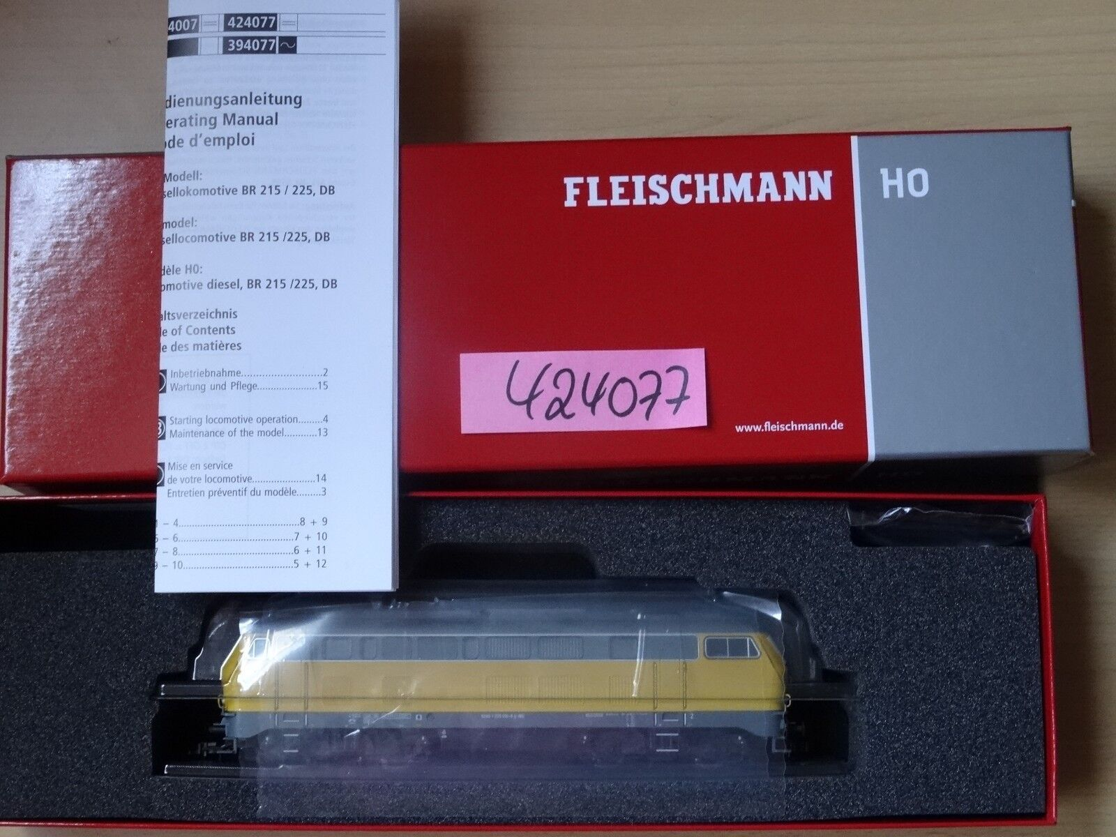 Fleischmann Art 424077 Diesellok BR 215 der DB  DC, Sound, So-Serie     Neu OVP