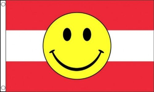 Red and White Striped Happy Face 5/'x3/' Flag