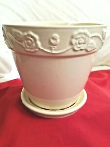 New England Pottery Planter Off White Flower Pot 5 5 Embossed Made