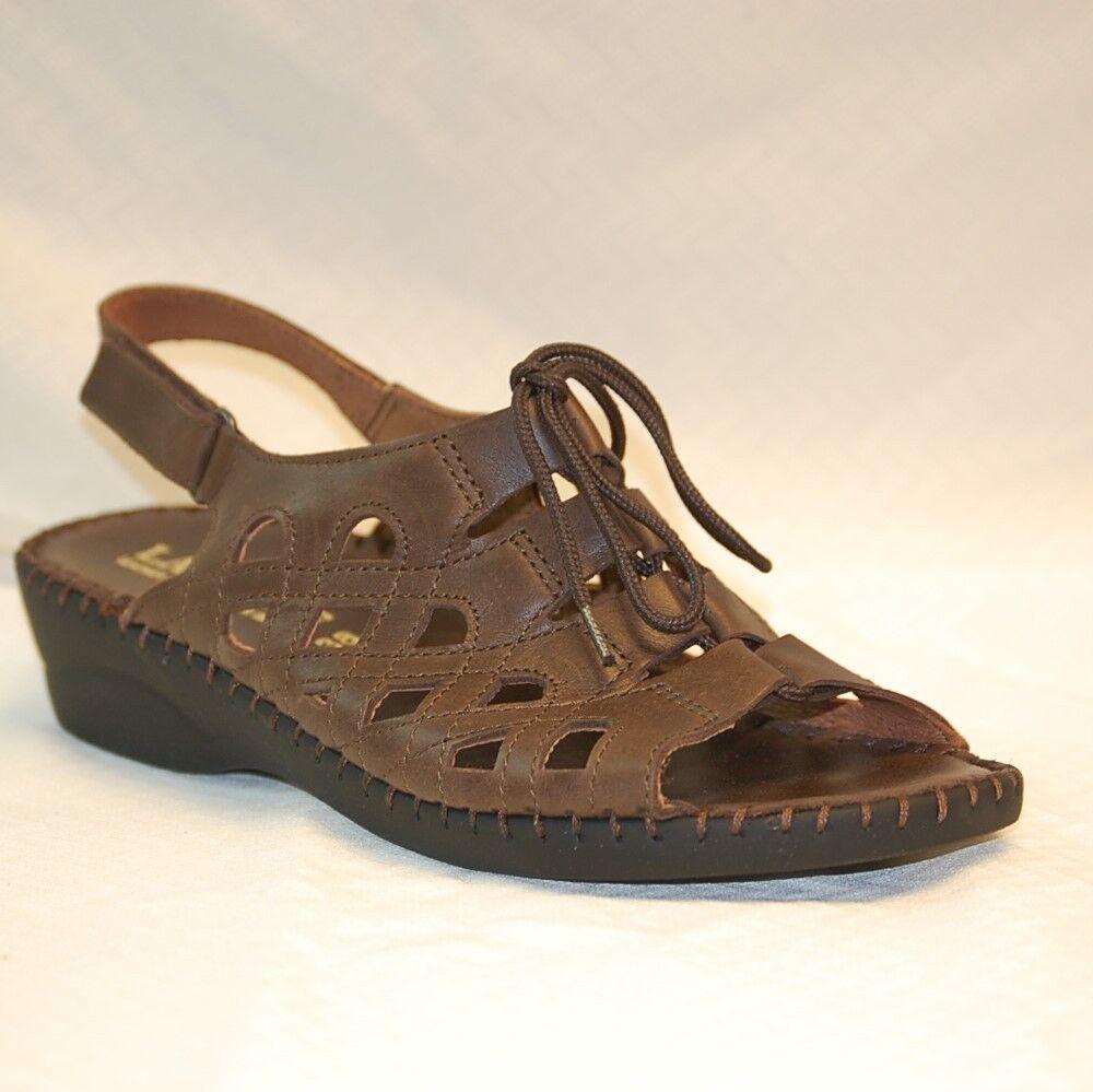 La Plume Brady Women's Brown Leather wedge heel sandal adjustable slingback 9 M
