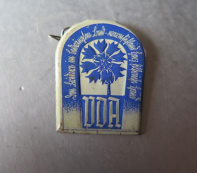 6443:whw,altes Abzeichen Anstecknadel Vda Kameradschafts Opfer,blech, Mit Nadel. Gute WäRmeerhaltung