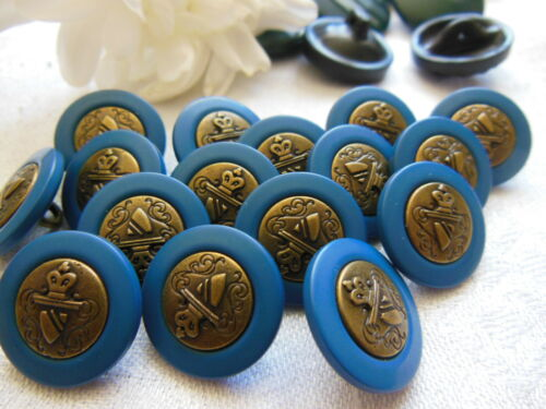 lot 8 boutons vintage bleu coeur effet bronze blason à pied 1,7 cm ref 3391