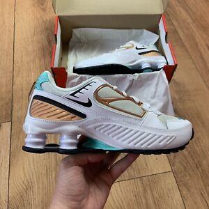 Femmes-Nike-Shox-Enigma-Baskets-Taille-UK-5-EUR-38-5-Blanc-BQ9001-100-NEUF