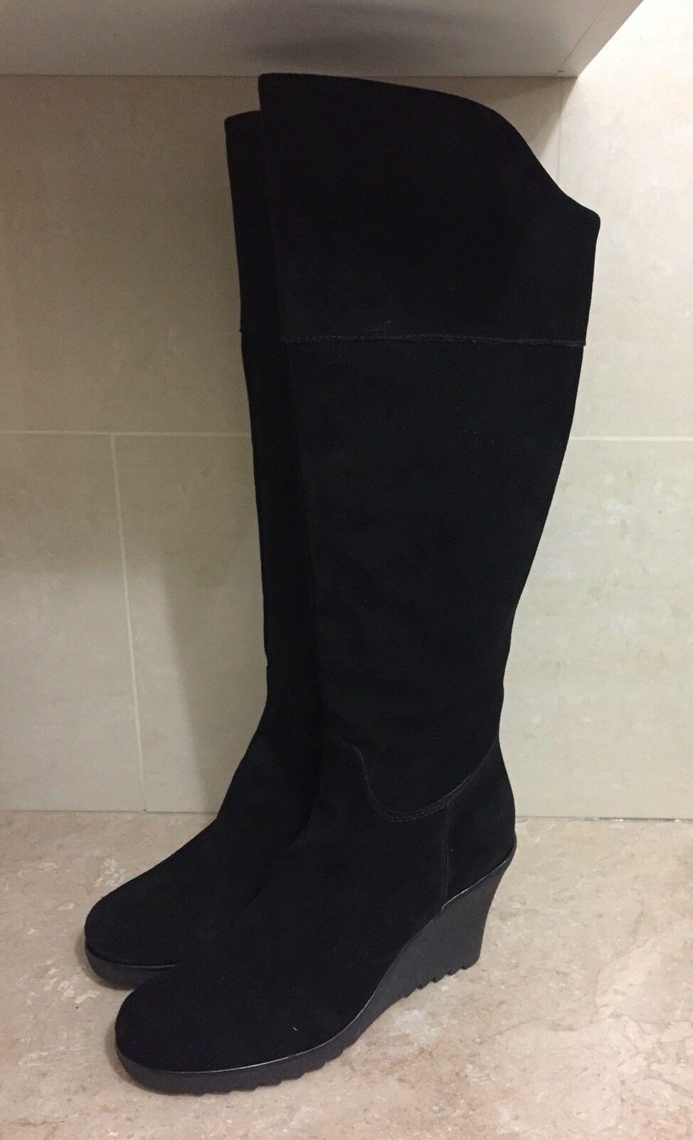 Linea Weekend Rodilla Cuña Gamuza Negra-Botas Altas Con Suela Confort-(39)