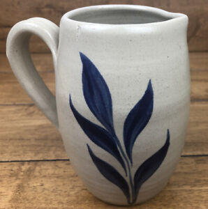 Vintage-Williamsburg-Pottery-1997-Leaf-Pattern-5-1-2-Inch-Pitcher