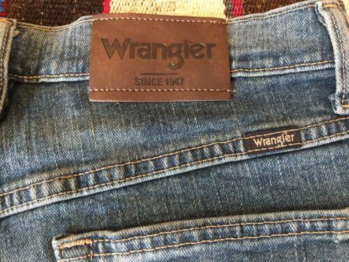 Wrangler Men/'s Regular Fit Flex Jeans Dalton Color Multiple Sizes NWT