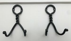 2-Double-Door-Robe-Hooks-Circle-Twist