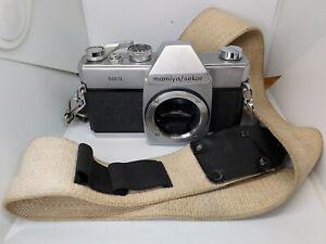 VINTAGE 1960s M42 Mamiya Sekor 500TL SLR Camera & Vintage Macchina Fotografica Cinturino