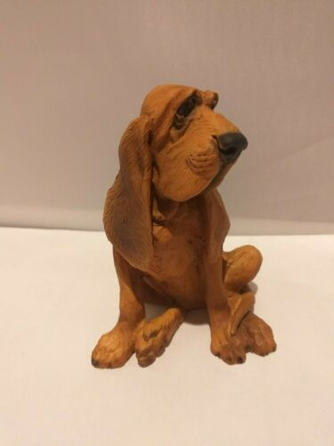 Bloodhound dog figure sitting Castagna model hand made in Italy with certificate