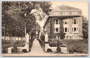 Lewiston-Maine-Bates-College-Carnegie-Science-Hall-Lantern-Gate-Walk-1920s-B-amp-W