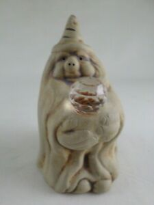 Flat-Earth-Pottery-Gnome-Wizard-with-Faceted-Crystal-Ball-Vintage-1986-4-75-034
