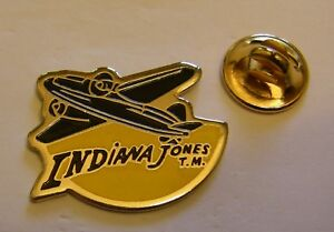 INDIANA-JONES-AIRPLANE-MODEL-2-LUCAS-FILMS-vintage-pin-badge