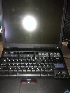 IBM-Thinkpad-T40-2373-FOR-PARTS