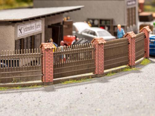 Noch 14235 gauge H0 Fence with Stone-Built Columns Laser Cut Minis Kit # NIP #