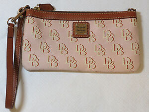 Dooney-amp-Bourke-Wristlet-clutch-canvas-amp-leather-DB-pink-brown-pre-owned
