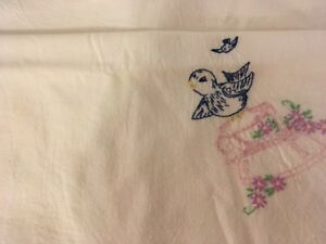 Vintage-Tablecloth-Crewel-Embroidery-Bluebird-on-Pink-Iron-Cross-Stitch-33-034-x39-034