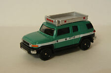 TOMICA~ No.31 TOYOTA FJ CRUISER POLICE CAR ~ 1/66  (Free Shpping)
