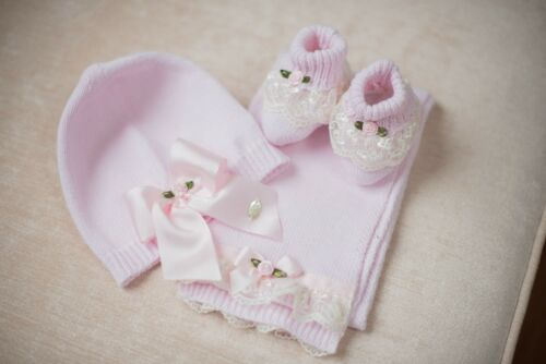 Piccola Speranza Hand Knitted Baby Gift Set Hat Booties and Scarf Pink or Blue