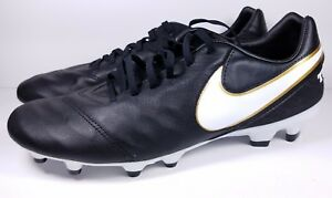 classic fit 78559 f0a1b Image is loading Nike-Size-11-Soccer-Cleats-Tiempo-Mystic-V-