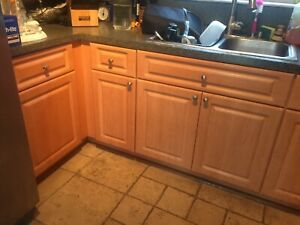 Good condition Used Kitchen Cabinets approx 10ft x 10ft   eBay