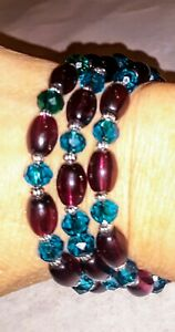 Memory-Wire-Wrap-Bracelet-Mauve-amp-Teal-Glass-Beads-Handmade-Charms-on-ends