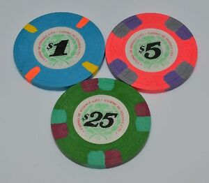 3 Original H&C Paulson Casino de Isthmus Casino Chips $1-$5-$25 FREE ...