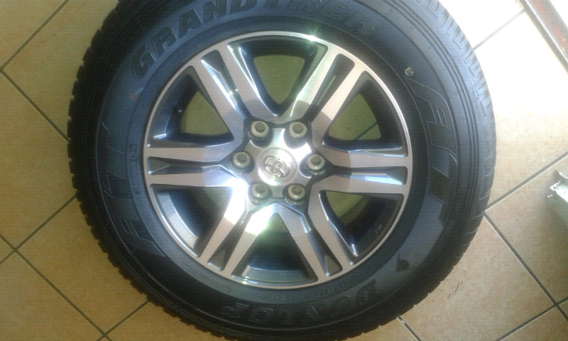 X1 BRAND NEW RIM AND TYRE