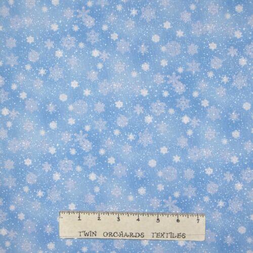 Christmas Fabric Landscape Medley Snowflake Lt Blue Elizabeth/'s Studio YARD