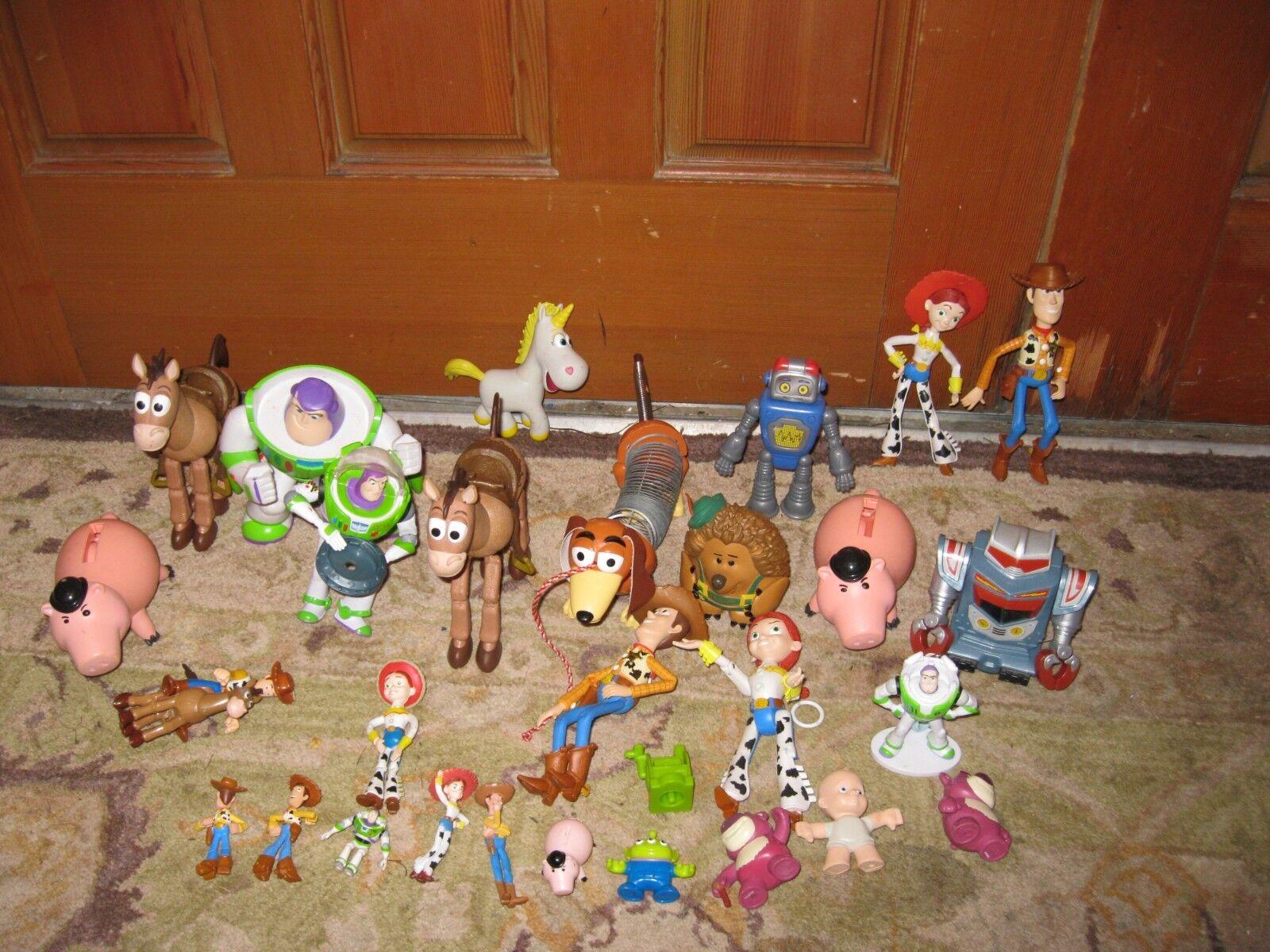 Toy Story Många leksaker Buzz ljuser träy Jessie Robot Lotso Action Figures