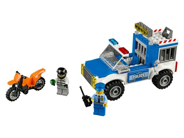 LEGO 4 Juniors Set 10735 Police Truck Chase NEAR COMPLETE SET Policeman Robber