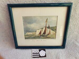 Cadre voilier Marine Étretat caïque devant la falaise mer nautique 16 x 19 cm