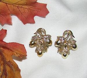 Vintage Coro Jewelry For Fall Acorn Coro Earrings Silver Clip On Earrings Acorn Jewelry For Women