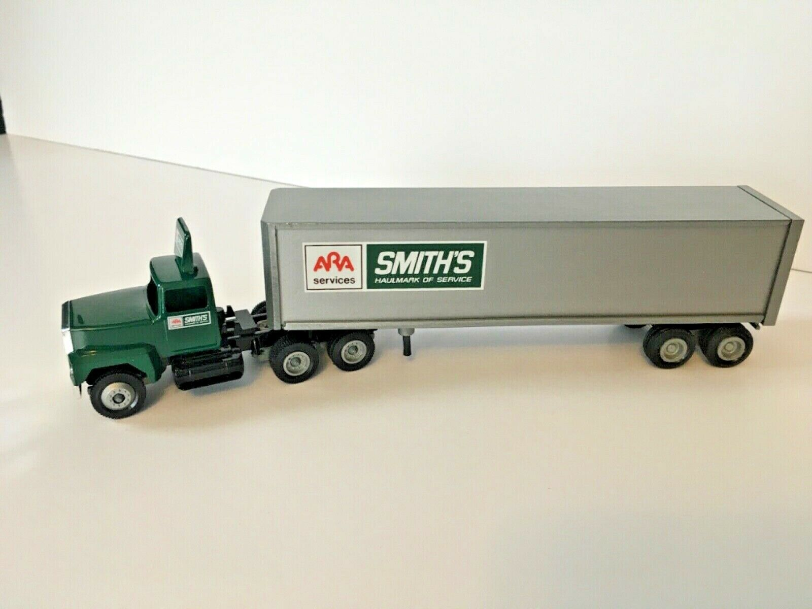 Smiths ARA Transfer '86 Winross Tractor Trailer Model