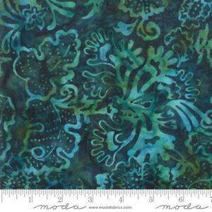 Bahama-Batiks-Moda-cotton-batik-fabric-by-half-yard-Lagoon-4352-37-dark-green