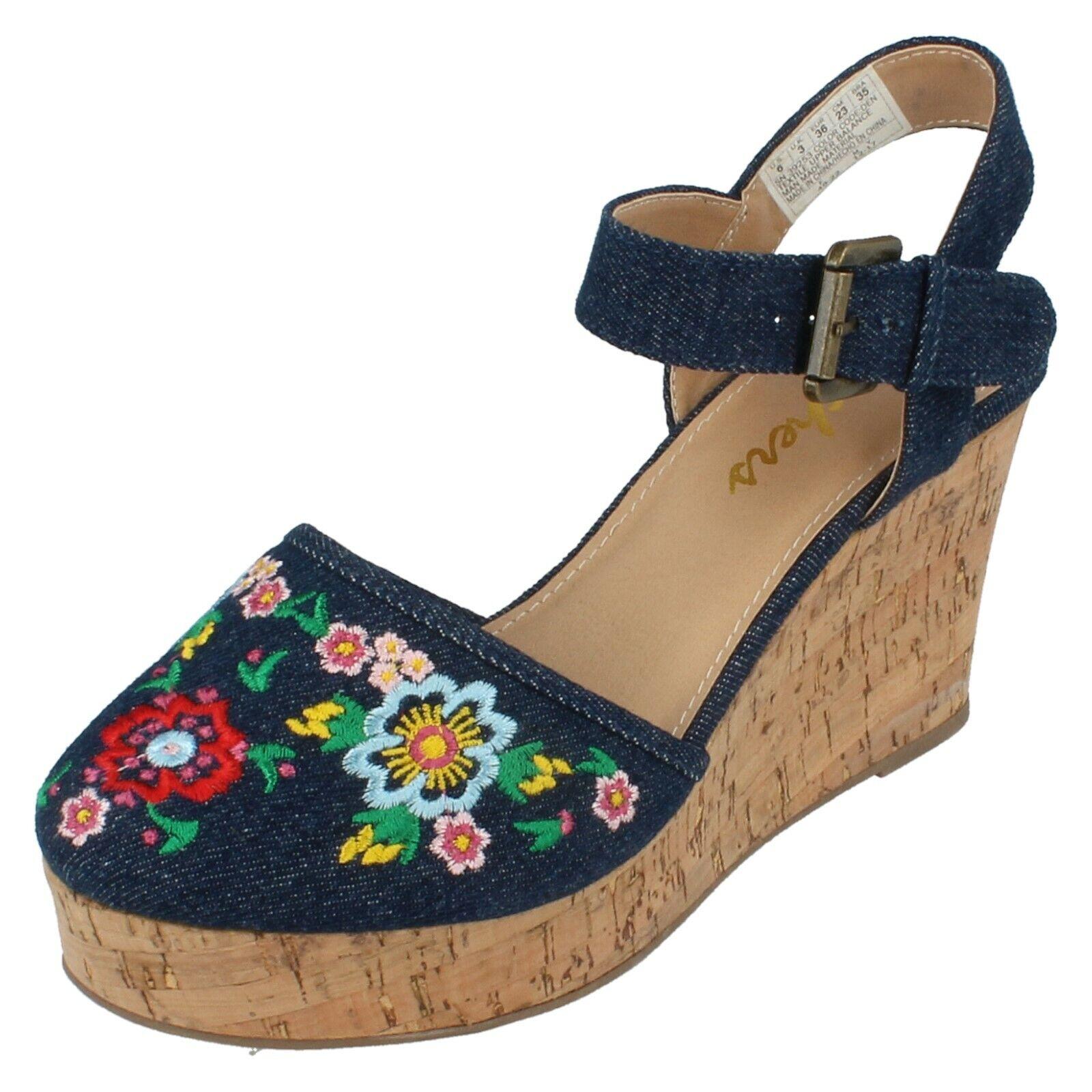 Ladies Flower Angel/39253 Closed Toe Wedge Sandals By Skechers Retail Price
