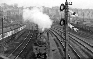 PHOTO  LMS JUBILEE 6P 460 NO 45648 WEMYSS FINCHLEY ROAD MIDLAND 1953 - Tadley, United Kingdom - PHOTO  LMS JUBILEE 6P 460 NO 45648 WEMYSS FINCHLEY ROAD MIDLAND 1953 - Tadley, United Kingdom