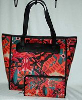 Fossil Key Per Tote & Matching Wallet Multi-color Dark Floral