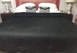 Black-On-Black-Striped-Queen-Size-Fluffy-Washable-Comforter