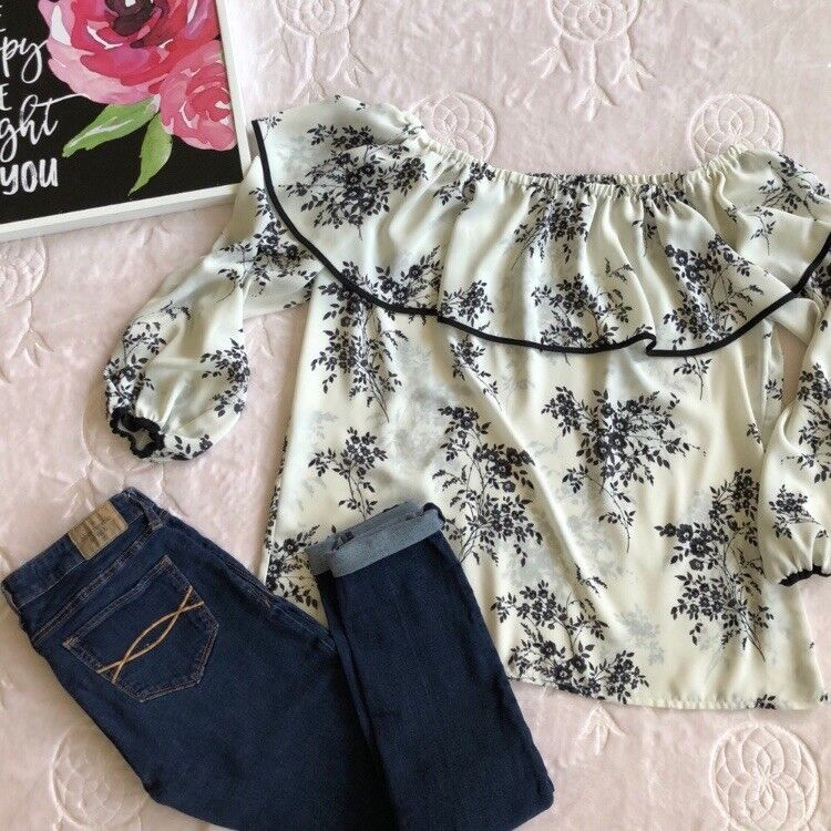 Vince Camuto Off The Shoulder Floral Blouse