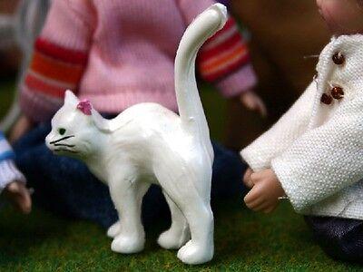jardin extérieur maison de poupées miniature animaux et animaux Kitty Kat Chat blanc