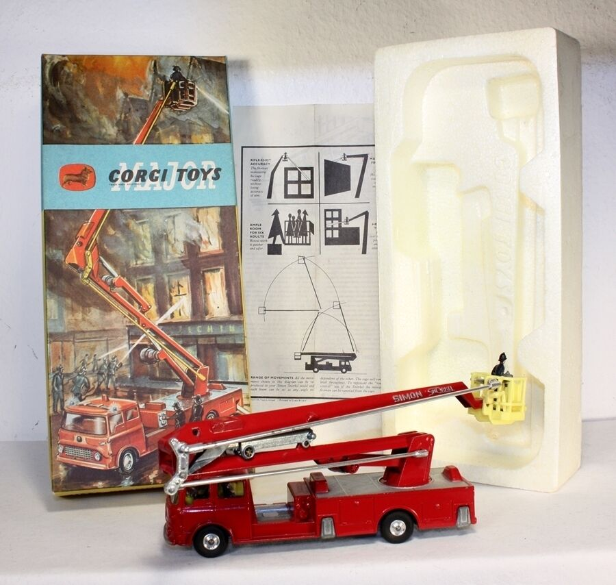 Corgi Toys 1127, Fire Engine, Mint in Box                            ab1468