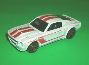 HOTWHEELS WHITE HW SHOWROOM '67 1967 FORD MUSTANG SHELBY ...
