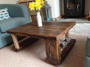 TAVOLINO-legno-massello-quercia-noce-rustico-90x60-Grosso-fatto-a-mano-con-effetto-invecchiato