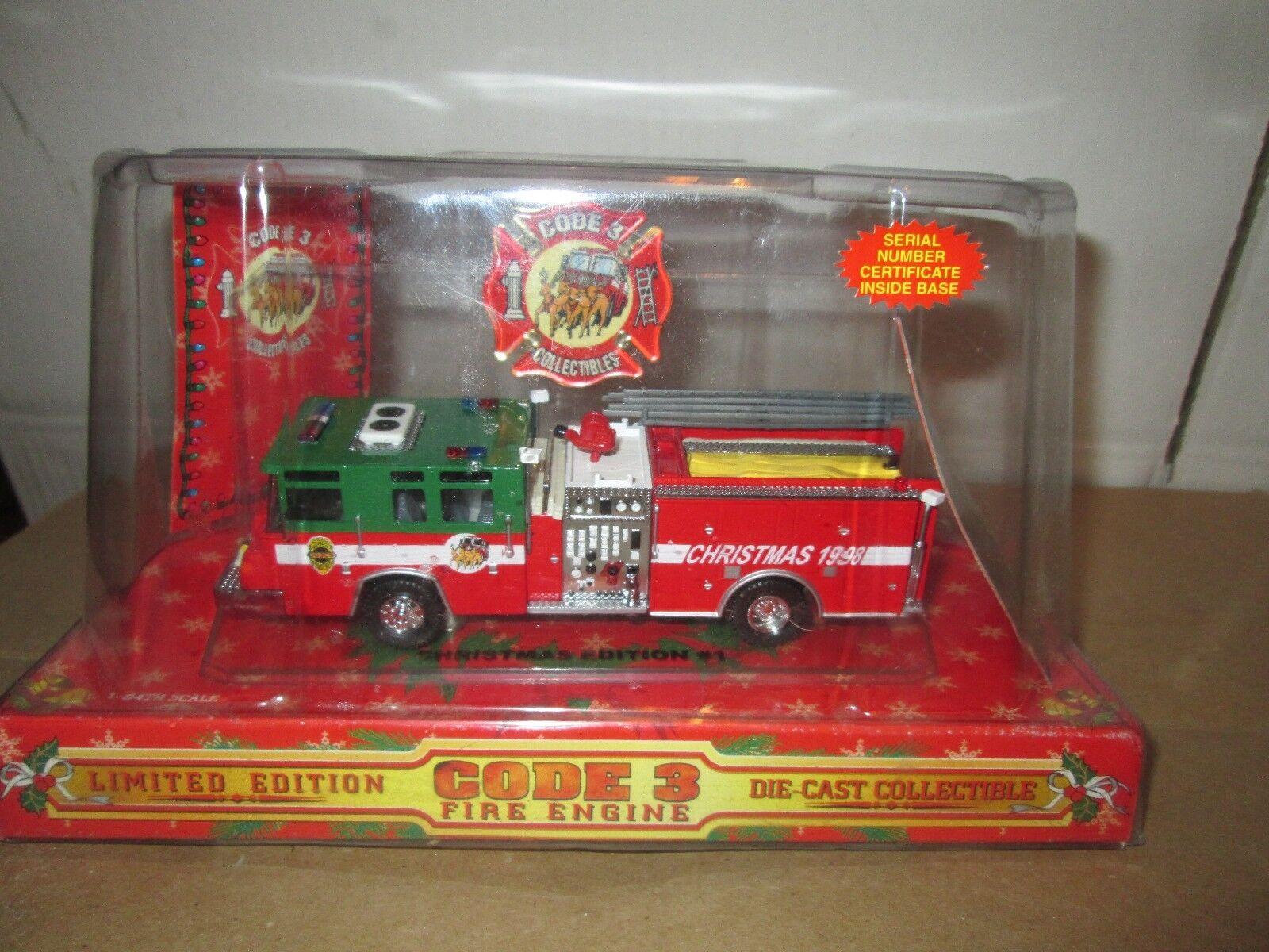 Code 3 1998 Noël Première Édition  1 Camion de Pompier