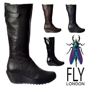 625286e5e7e Fly London Botas Altas a la por rodilla de piel Invierno Cuña Baja ...